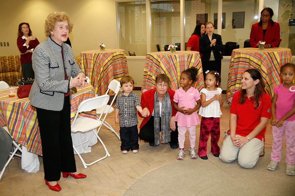 Betty Schoenbaum celebrates her birthday in 2007 at the early-childhood education center in Weinland Park named for her and her husband Alex.
