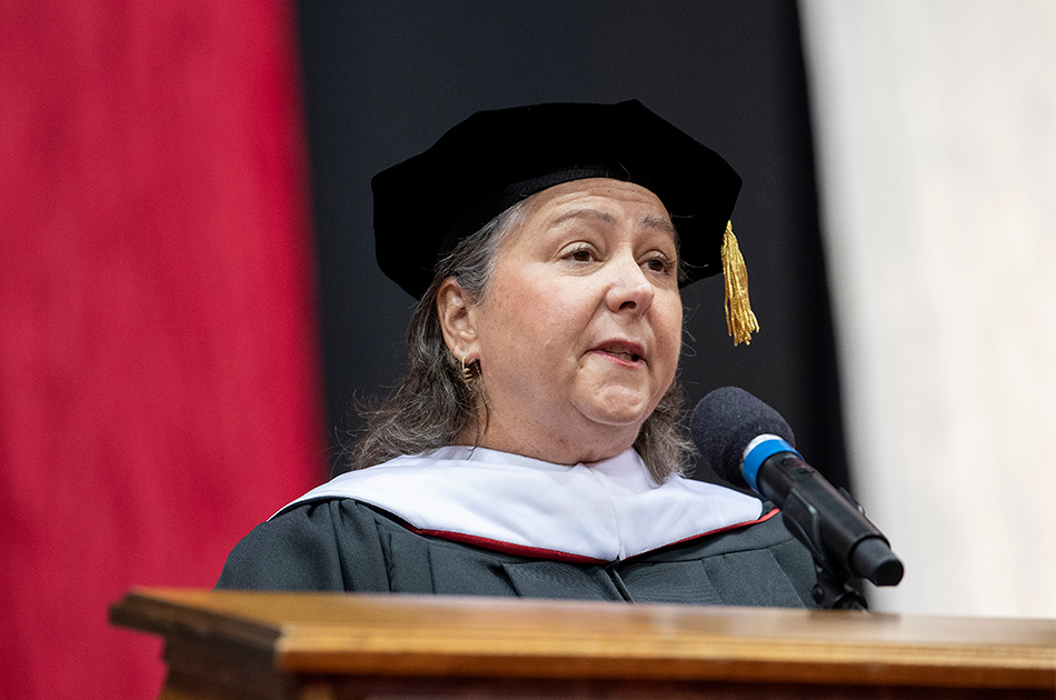 Molly Ranz Calhoun speaking at commencement ceremony