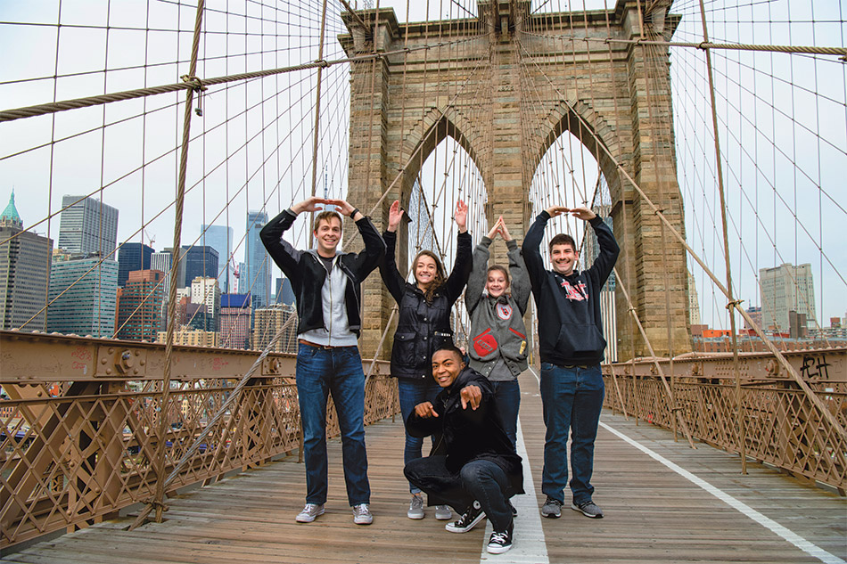 O-H-I-O on the Brooklyn Bridge