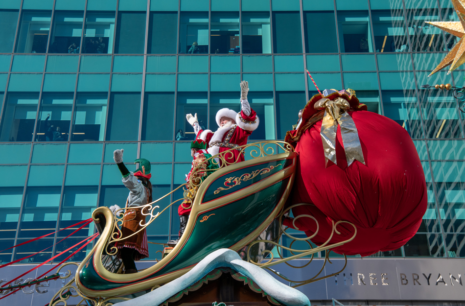 Santa Claus closes out the annual Macy's Thanksgiving Day Parade in New York City on Nov. 22, 2018.