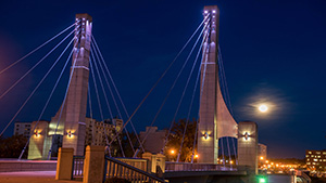 Lane Avenue Bridge at night