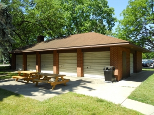 Ackerman Rd, 690 - Shelter House external view