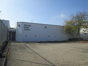 Kinnear Rd Center E external view