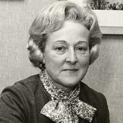 Dr. Kathryn T. Schoen